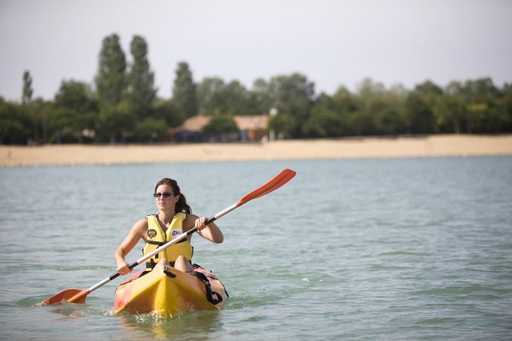 lac-canoe-parc-saint-cyr